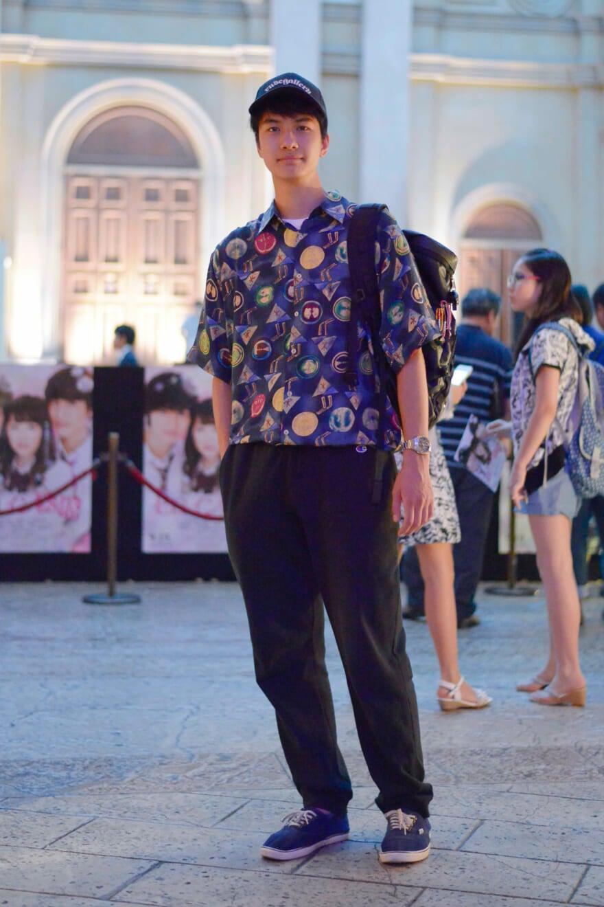 大先輩の坂口健太郎さんが出演される映画「ヒロイン失格」の舞台挨拶を見にヴィーナスフォートに来ました。僕も将来的にはいろんなことに挑戦したいので、朝から並んで頑張って整理券をゲットして、坂口さんのコメントを胸に刻みました。そういえば、今日はメンズノンノモデルになってから初戦の私服です!