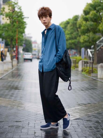 小雨の日って、人がまばらな街を散歩したくなります
