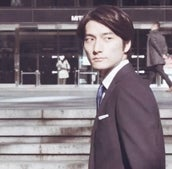 「AOKI」のスマートスーツで、メンズノンノモデルが春をゆく!