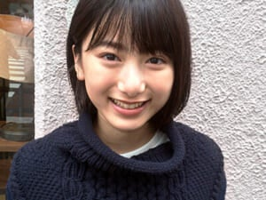 沖縄から上京してきた、16歳の美少女。池間夏海さんとカフェへ!