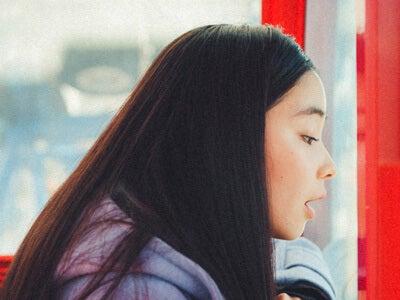 黒髪のロングヘアが美しい、女優・福地桃子さんと観覧車に乗ったら