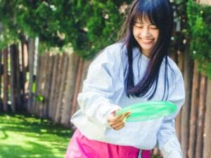 あの美少女は誰? 噂の新條由芽さんと、公園デートで初夏を満喫