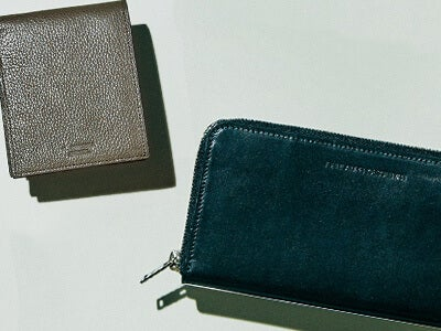 長財布 vs 二つ折り! 最新のおしゃれな財布リスト、6選