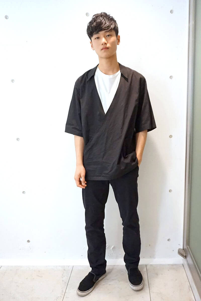 シャツと作務衣の中間みたいなデザインが、お気に入り!
