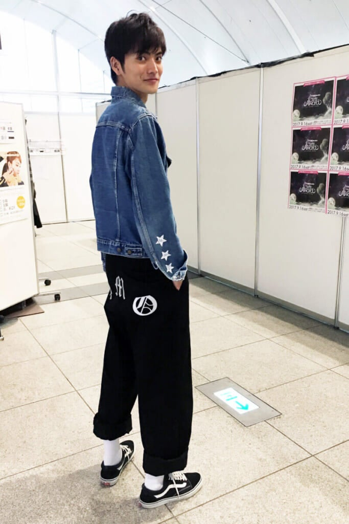 ヒッププリントがかっこいいパンツは、G-DRAGONさんのブランド!