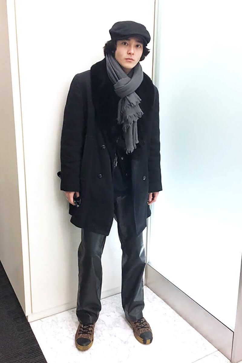 通称「ギャングコート」と呼ばれるコートを着こなしてみました