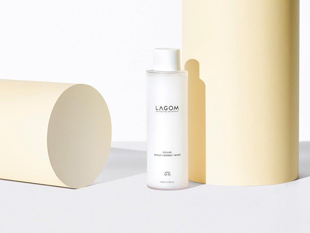 強い日差しで乾燥する肌に、韓国コスメ「ラゴム」の高機能化粧水でうるおいを