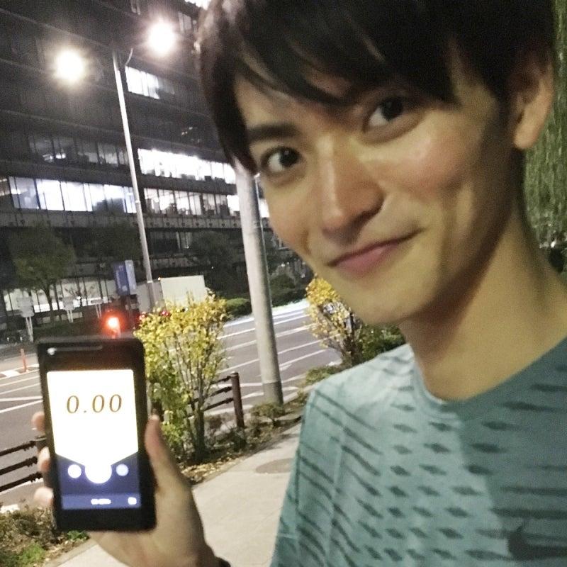 体幹の基礎は下半身から。山本涼介「皇居ラン」デビュー!