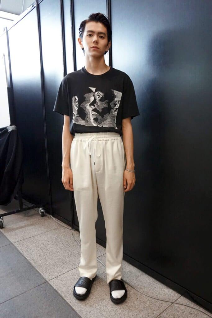 このパンツにはTシャツをインして着るのがマイルール!