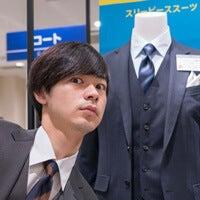 成田凌が初めてのスーツ選びで「AOKI」のスリーピースに挑戦!