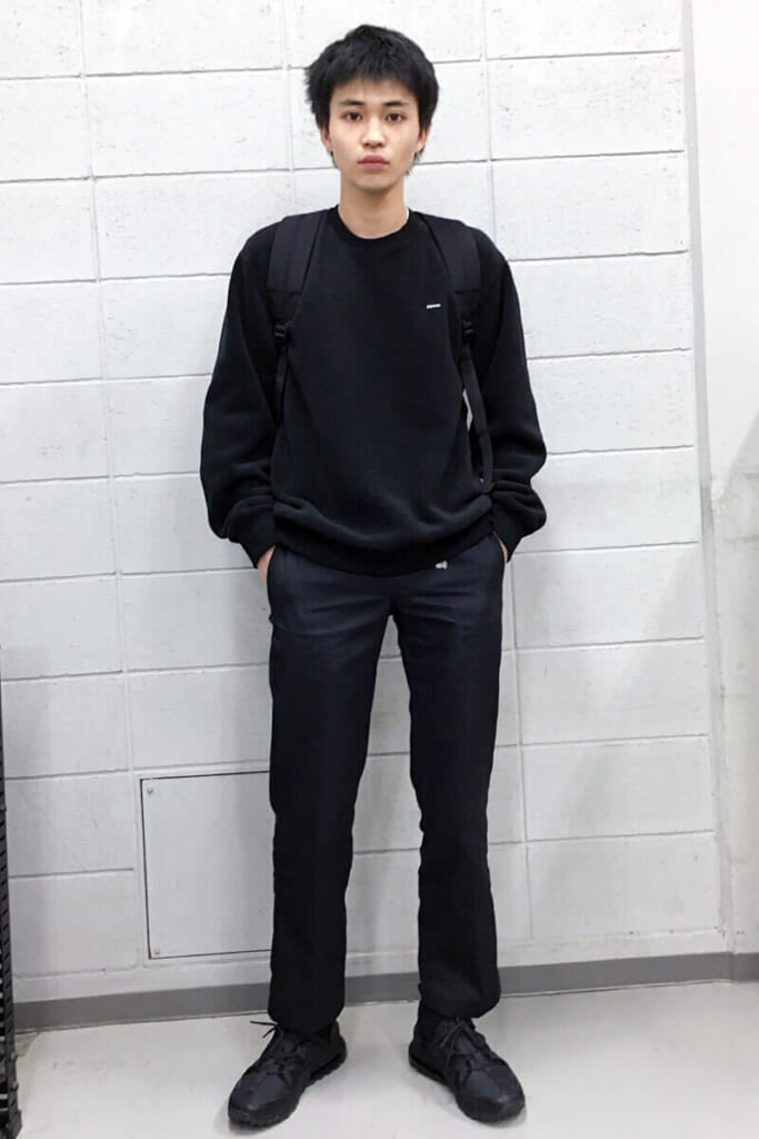 2019年の私服も、オールブラックからスタート!