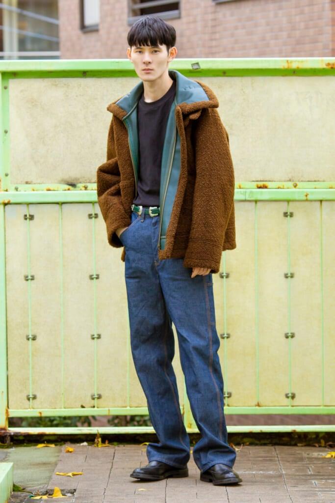 トーガのジャケット&ジーンズ。とにかくデザインがいい!