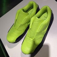 「NikeLab x sacai」の「Air Max 90」、メンズサイズはいつ発売?