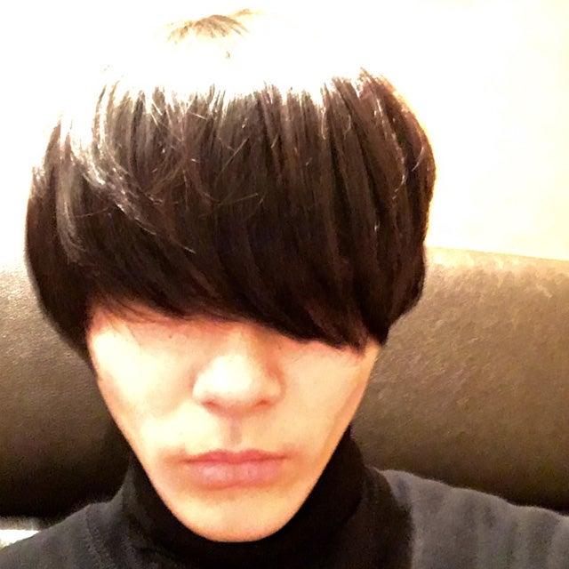 髪を切って、3歳くらい若返りました!