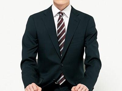 就活スーツの身だしなみ・前編/ボタンは座るときに外す? 外さない?