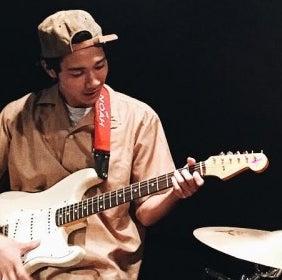 清原 翔、ギターに初挑戦してみました!