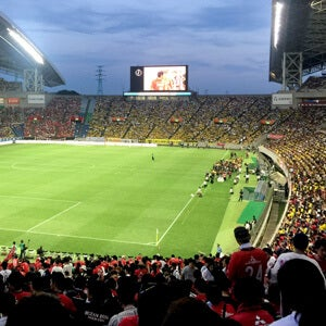 サッカーのスタジアム観戦にすっかりハマってしまいました!