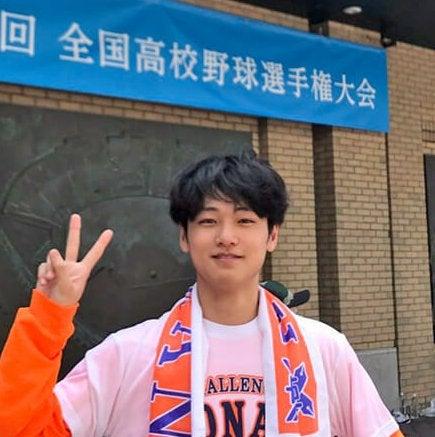 母校を応援するため甲子園へ。新幹線は、立ちっぱなしの2時間半!