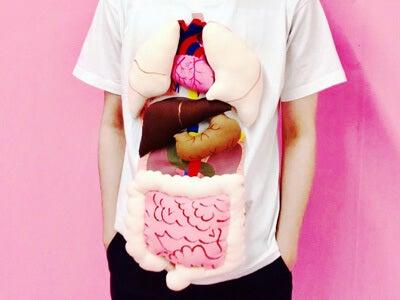 こんなTシャツで「かっこよくキメて!」などと言われても…