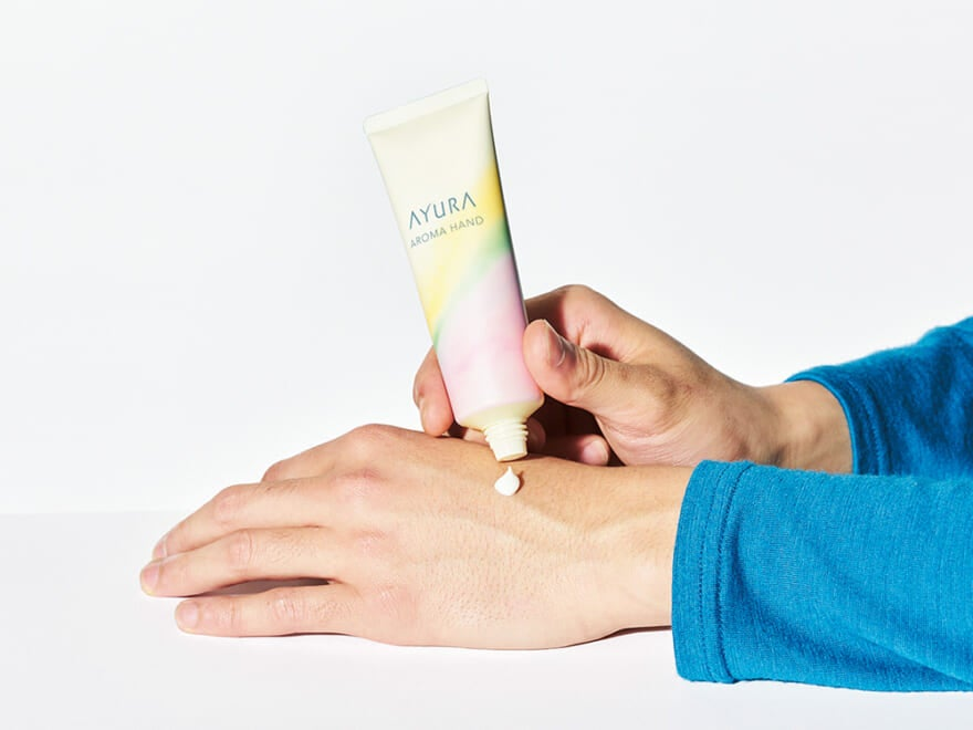 ダメージ肌をケアするアユーラから、ハーバルな香りに癒されるハンドクリーム