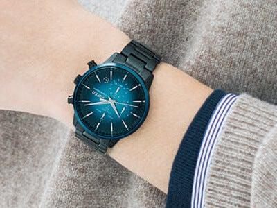 東京の空を描く「ワイアード」の新しい腕時計。上品なペアモデルも!