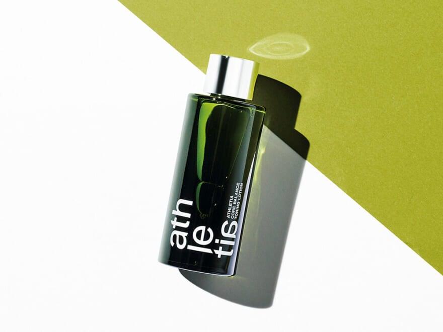 血色感のあるヘルシーな肌をめざす新ブランドの化粧水。男子にもおすすめの使用感