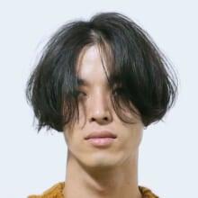 サロン/BRIDGE(担当 並木一樹さん)モデル/田村雄治さん