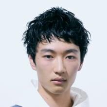 サロン/LOAVE OMOTESANDO(担当 NOBUKIYOさん)モデル/西山 翔さん