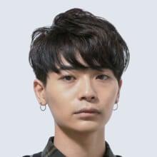 サロン/UMiTOS(担当 砂原由弥さん)モデル/青山 友さん