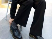 鈴木 仁がこの春にはきたいスラックス。シルエットが大人っぽい!