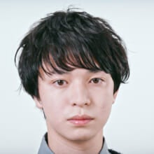 koti BY broocH モデル/塩野目 輔(2020年2月号)