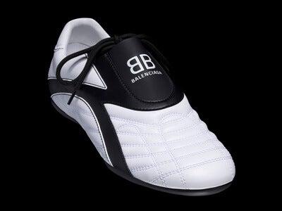 バレンシアガの新作スニーカーが、予想外すぎるデザインだった!