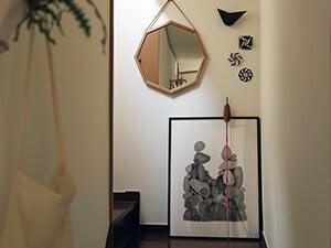 一人暮らしのインテリア。壁をおしゃれに飾るアイテム&アイデア
