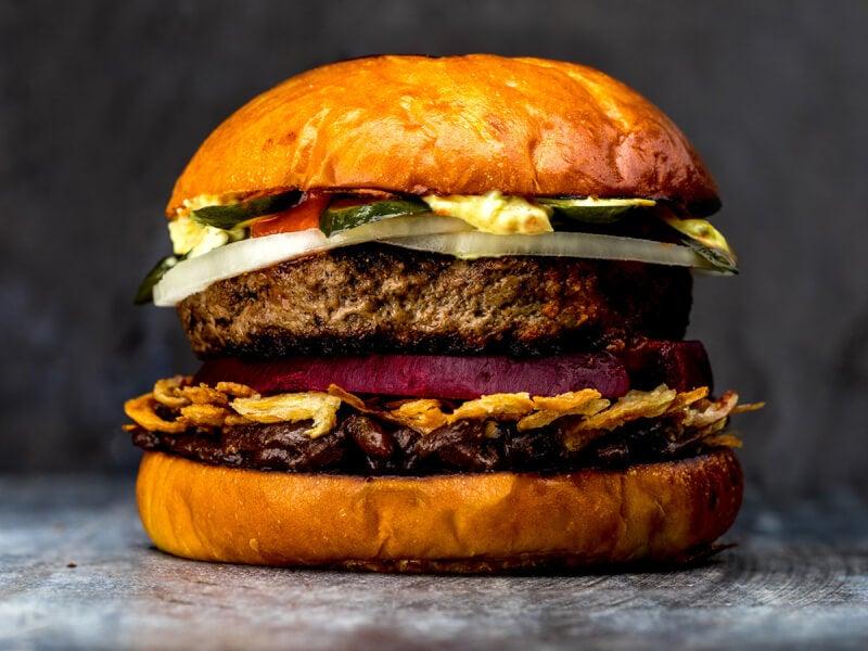 「ニコライ・バーグマン」が手掛ける美しくも激ウマなハンバーガー登場!