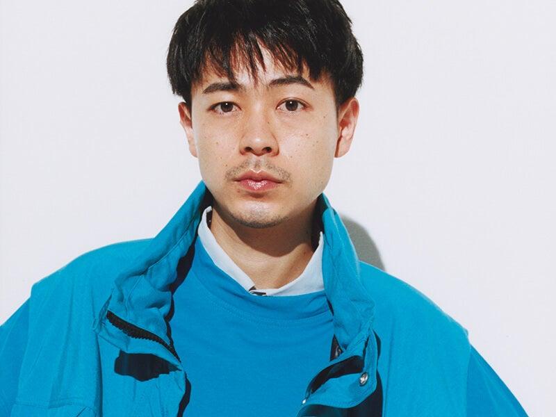 春だからきれいな色に染まりたい! 成田凌×最旬「ブルー」コーデ4選