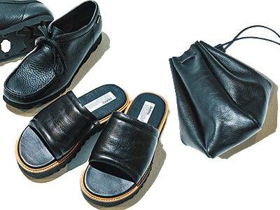 コーデの引き締め役にもアクセントにもなる夏の黒いバッグと靴