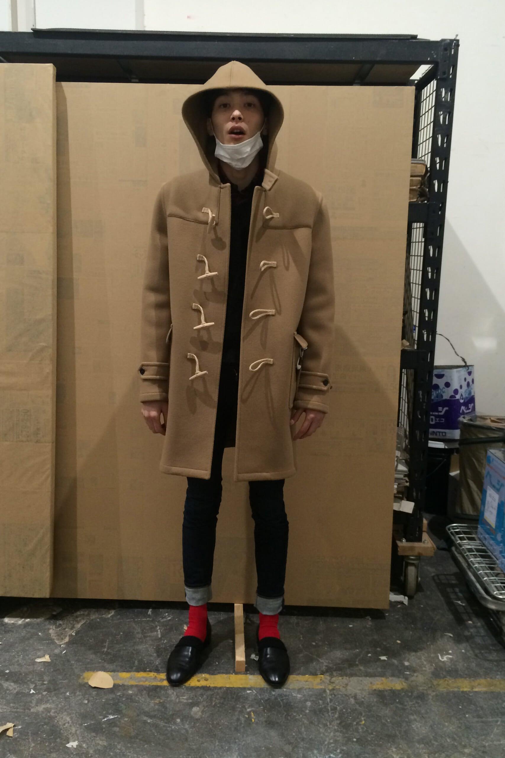 中田(圭祐)くんが、僕の「サンローラン」好きに対抗して「イヴ・サンローラン」の古着を購入したっぽいですね。嬉しいんですけど、今とデザイナーも違いますし勝負になっているのか正直よくわかりません(笑)。とりあえず、花粉で喉が破壊されました…。(´Д` )