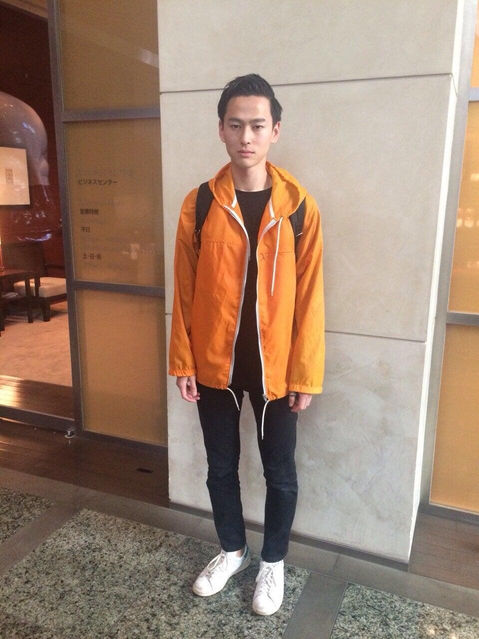 先週の今日はちょうど、毎月恒例のファッション診断で神戸に出張していました。初めて訪れた街でしたが、みんな優しい人ばかりだったし、いろんな人と話せて楽しかったです。今年の春は、オレンジ×黒とかコントラストの強い配色の着こなしが気になります。読売巨人軍のカラー?ってよく言われます(笑)
