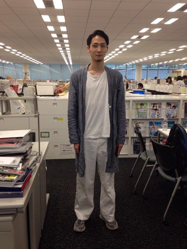 僕が監督・脚本・演出を手掛けたショートムービーがやっと仕上がりました。髙橋義明さんが主役で脇役に兒玉太智さんも登場します。ぜひ観てもらいたいと思って編集部にお伺いしたのですが、いろいろプロの意見を聞けて勉強になりました。H條さんブログで紹介してくれたら嬉しいですね(笑)。