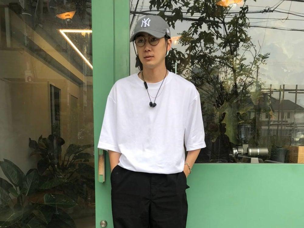 【オレ一番の安いモノ自慢】ユニクロのTシャツ&パラシュートパンツは白か黒で