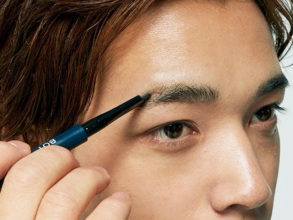 ②【濃淡があるまだら眉】眉の悩み別に徹底研究! メンズ用アイブロウで解決!