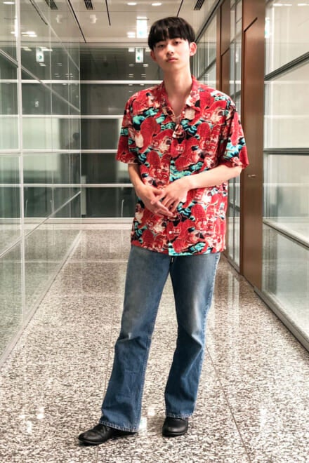 派手だけど上品さもある虎柄シャツが主役の真夏コーデ!