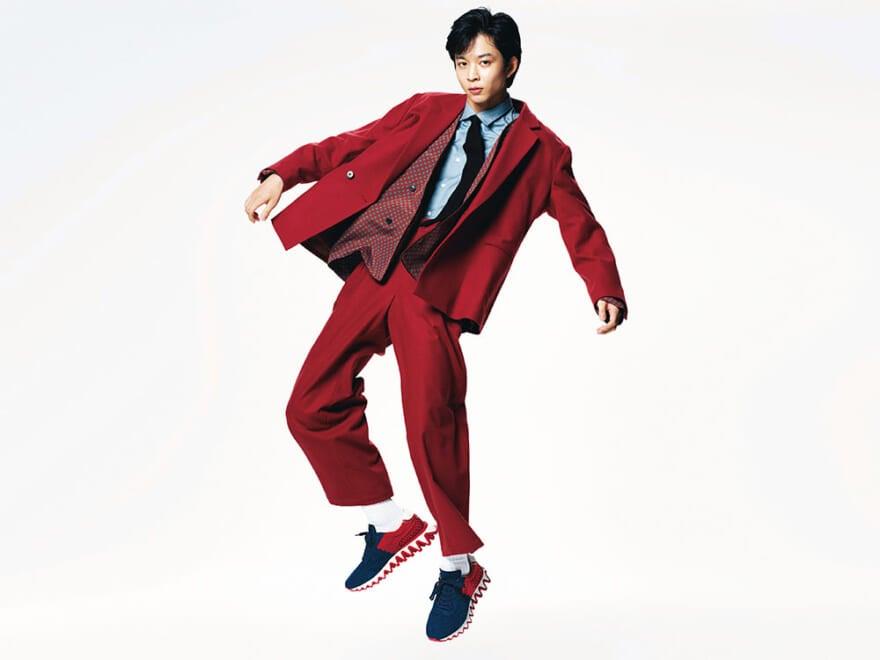 クリスチャン ルブタンの スニーカーでファッションを遊べ!!  ドレスアップもストリートも、これ1足あれば