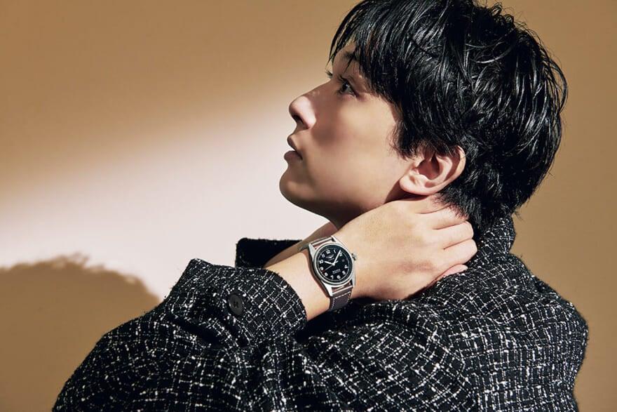 前へ進み続ける人の腕時計。ロンジン meets 吉沢 亮 シンクロする、パイオニア精神