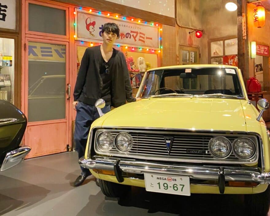 お台場でクラシックカーを見かけてから、車に興味が湧いてきました!