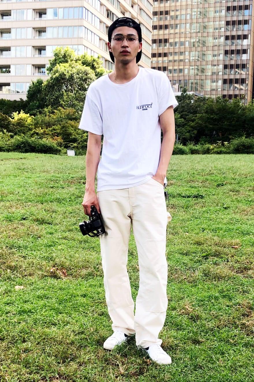 ディッキーズの白パンツは、なじみやすいカラーで全身白コーデも難なくキマる!