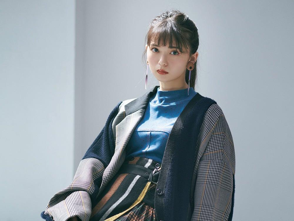 乃木坂46 齋藤飛鳥の2/her 「ジャケット」をキーワードに着こなす2つのスタイル