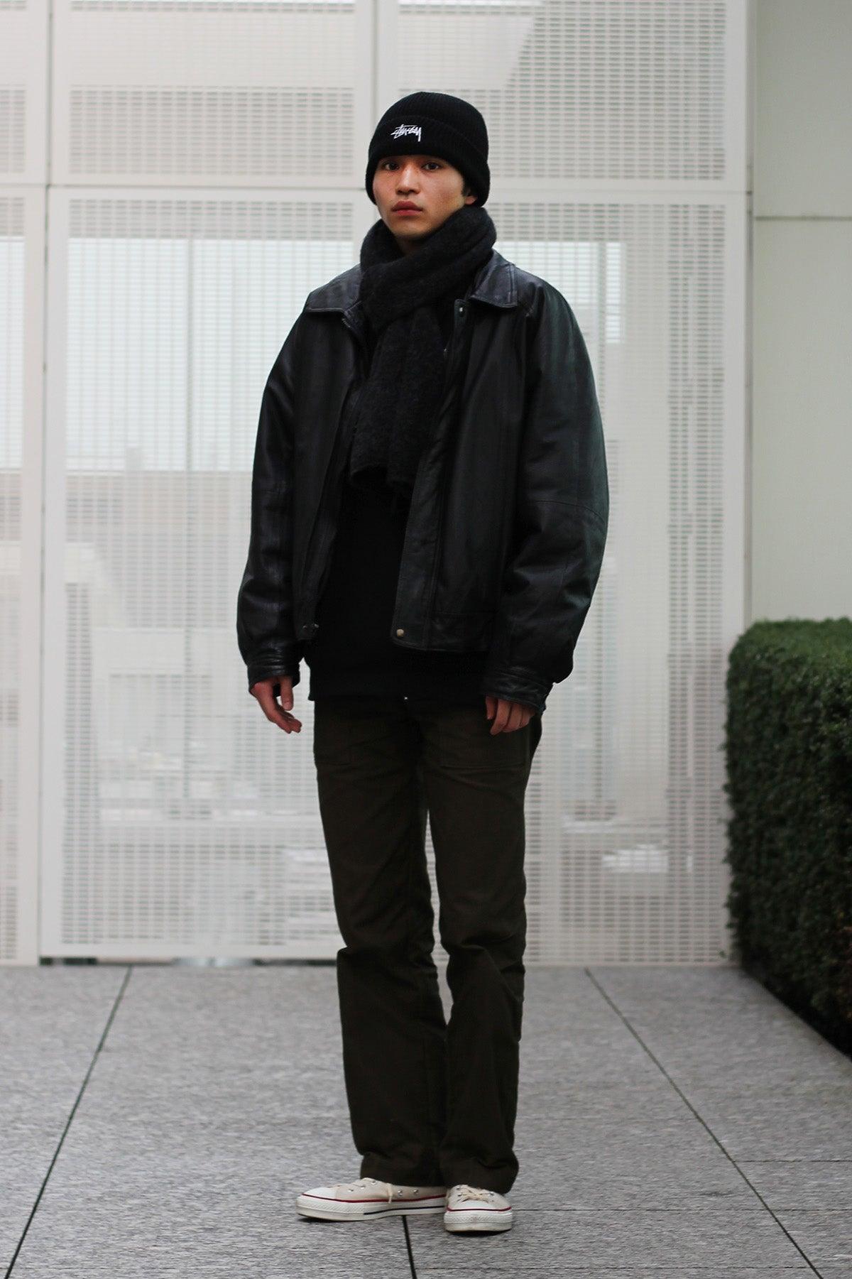 中田圭祐は、ブラックアイテムの強さを、素材と色で中和して着る!