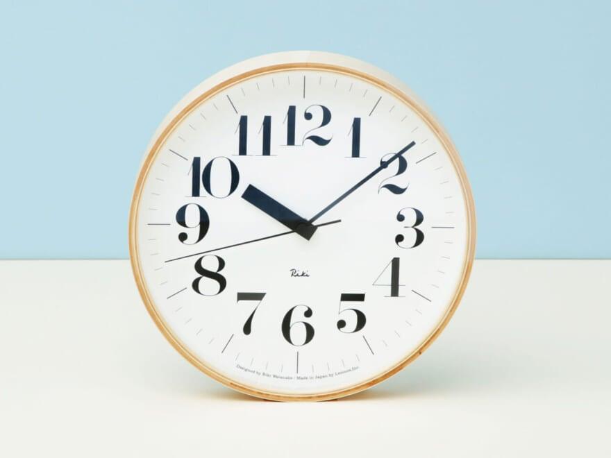 見やすさ最強!シンプル・イズ・ベストな壁掛け時計【新生活インテリア・買いたいものカレンダー/オブジェかと思ったら編①】