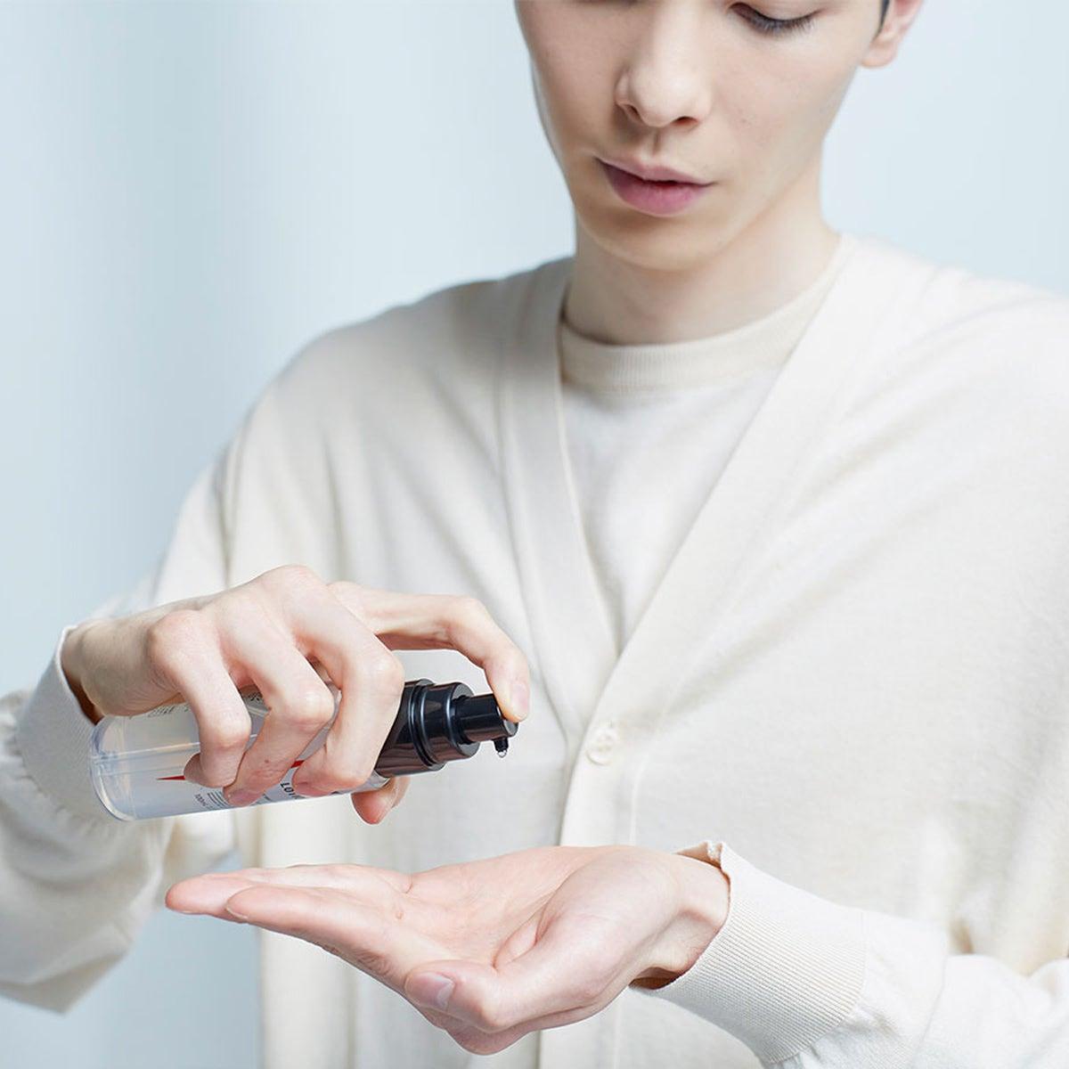 男性のうるおい肌のための「UNO」、化粧水と乳液が新発売。